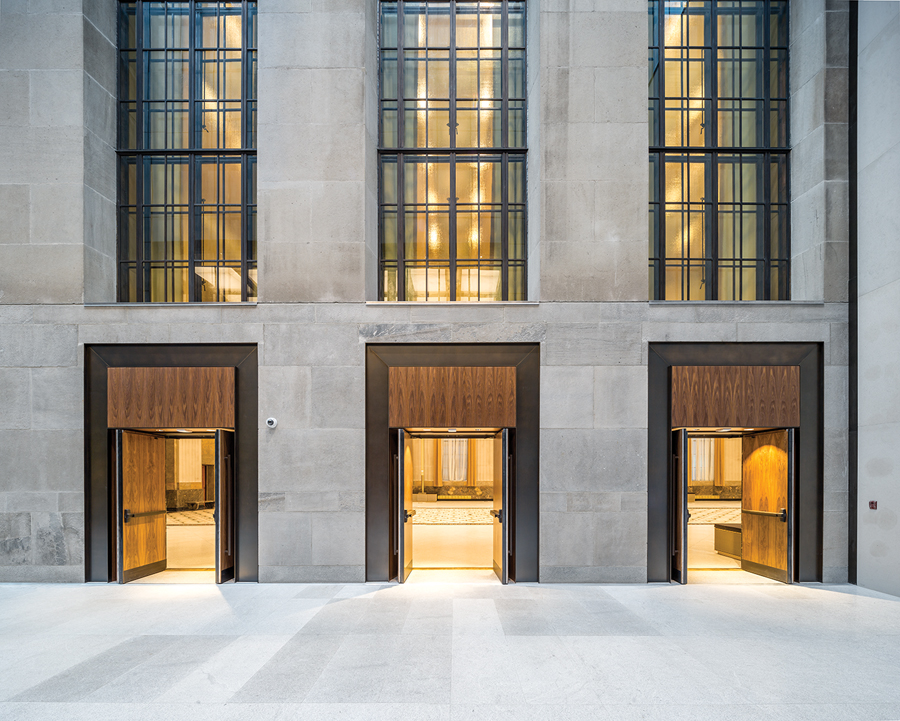 The underlying geometrical order and proportions of the restored bank building provided inspiration for the addition.