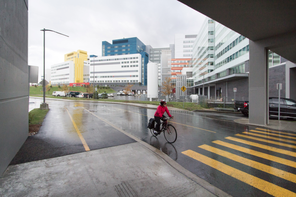View of the MUHC's new Glen Yards campus. (Photo: Don Toromanoff)