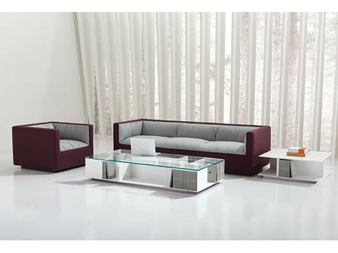 Teknion's Infinito and Masalla lounge seating and tables