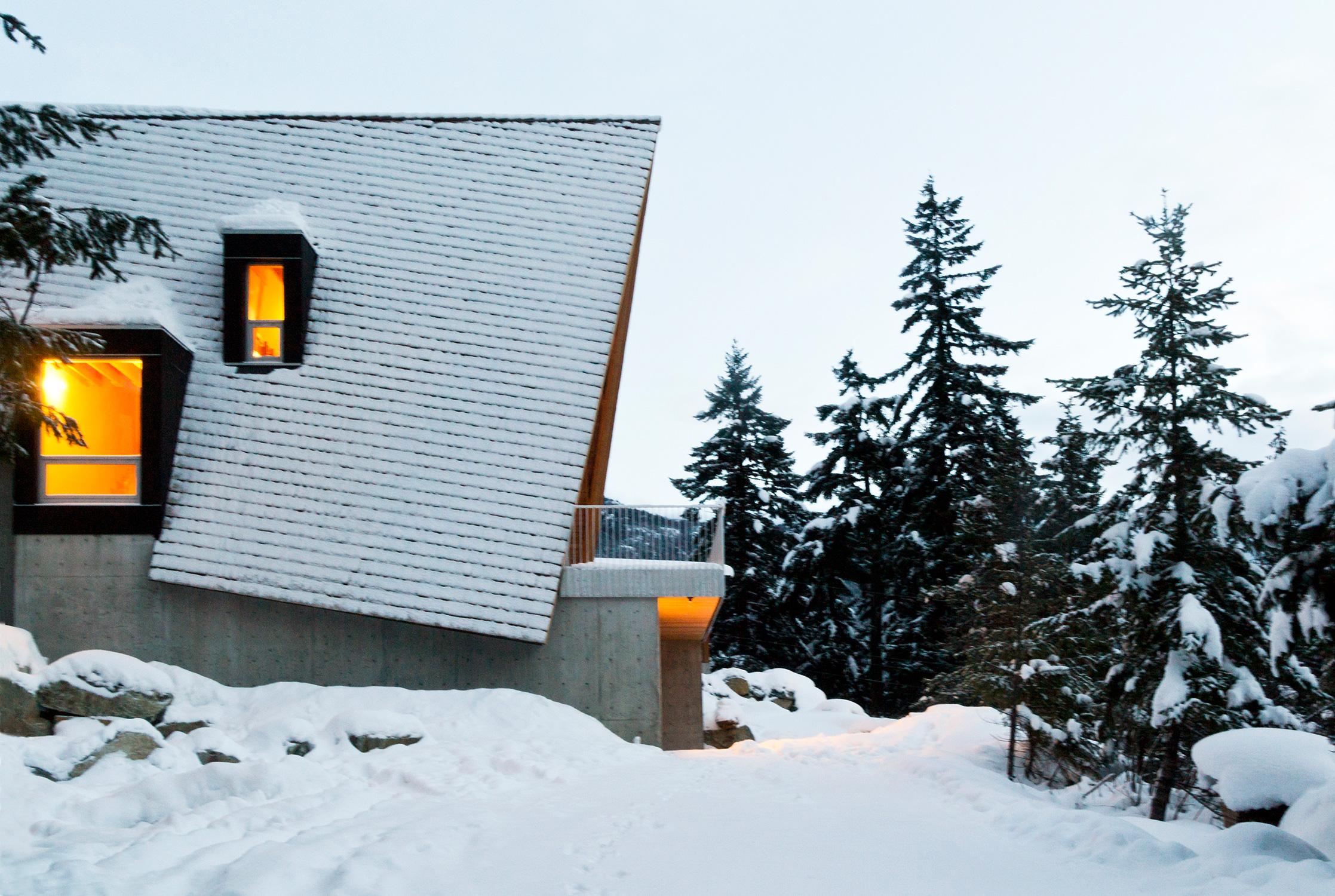 Whistler Cabin. Photo: Scott & Scott Architects