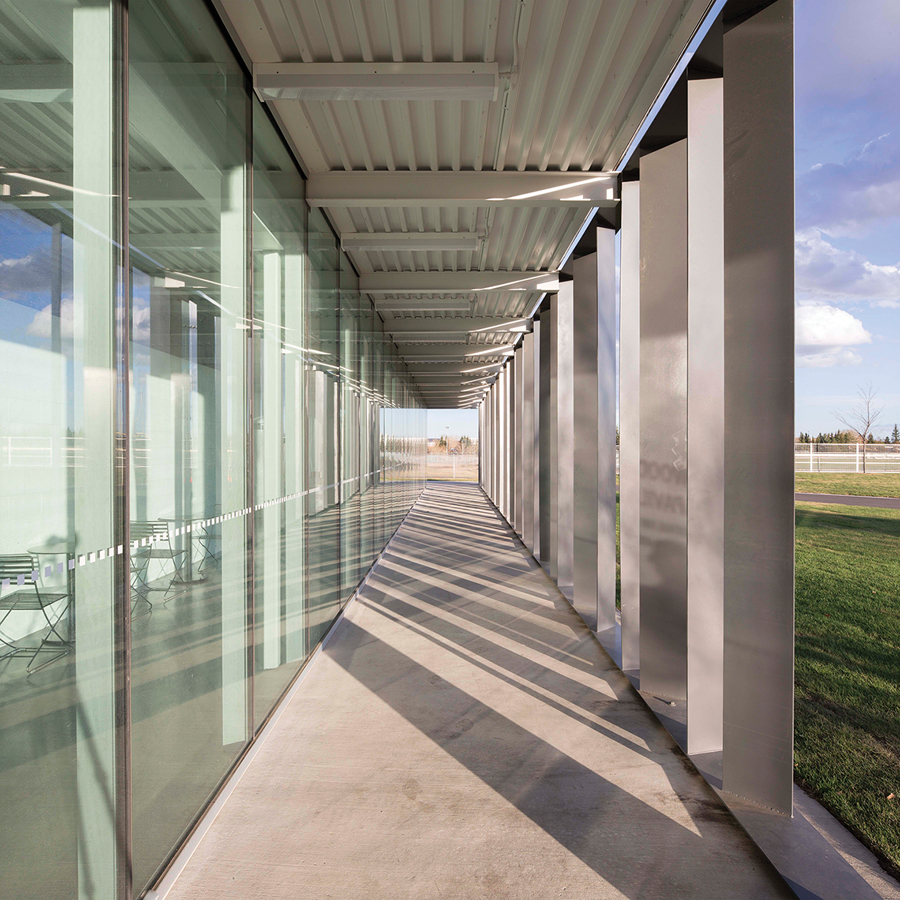 Careful detailing characterizes the metal-and-glass structure. Photo: Jim Dobie