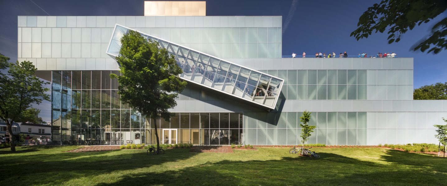 The pavilion's cascading gallery blocks are connected by a projecting staircase with views towards the Plains of Abraham. A generous entrance lobby faces the city's Grande Allée. Photo by Nic Lehoux