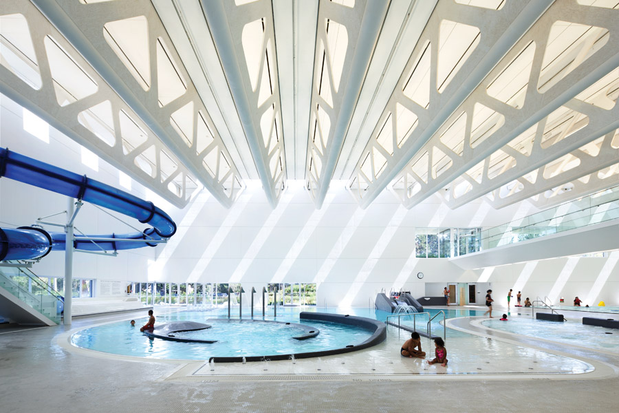 Urban waterscape guildford aquatic centre surrey for Pool design center